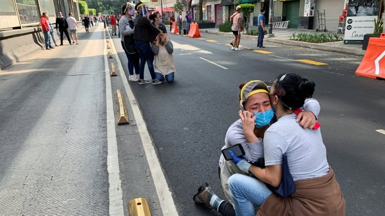 Tërmeti i fuqishëm në Meksikë, ja si lëvizin ndërtesat