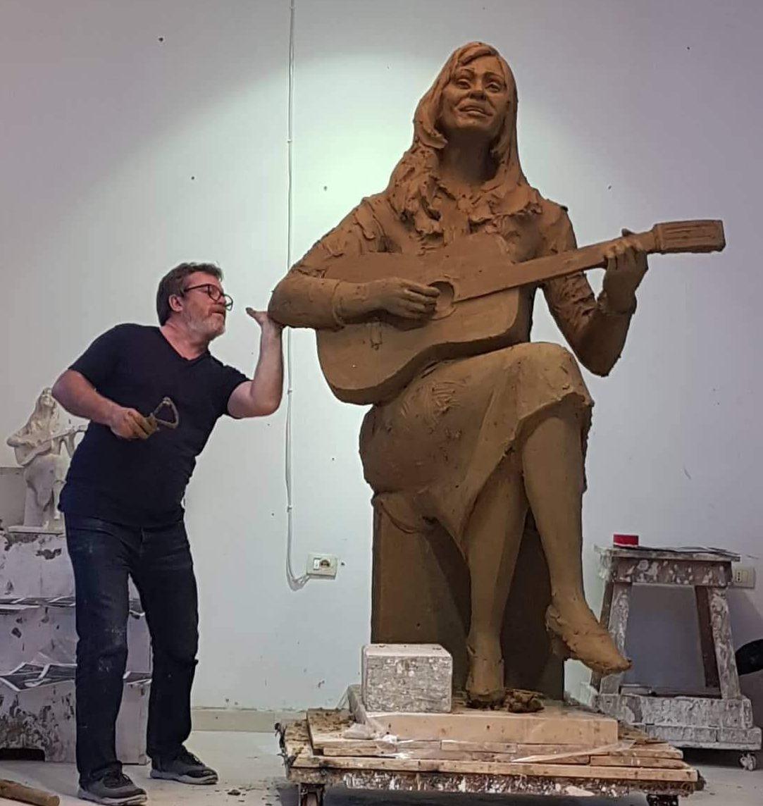 9 Gushti Mëngjes i trishtë për artin shqiptar!