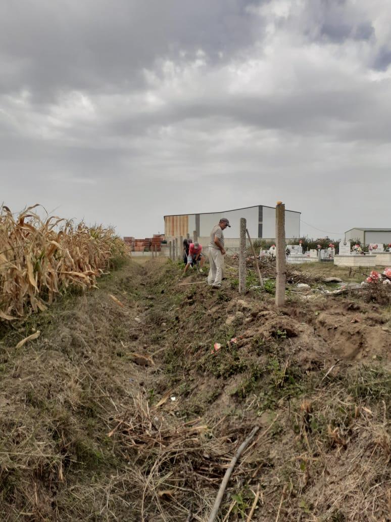 Emigratet e Çerme Sektorit grumbullojne te ardhura per rregullimin e varrezave te fshatit te tyre